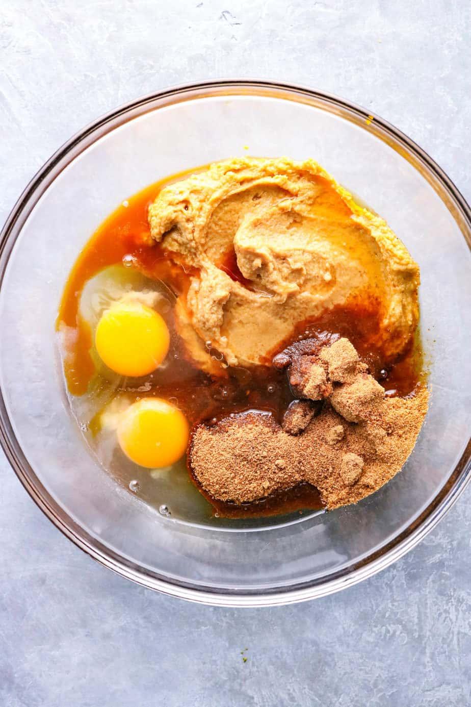Chocolate Chip Almond Flour Blondies wet ingredients Ingredients