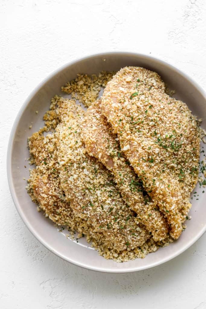 bowl of 4 breaded chicken cutlets